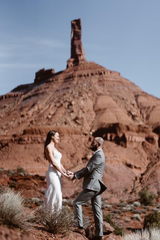 Utah Moab elopement from Colorado elopement photographer