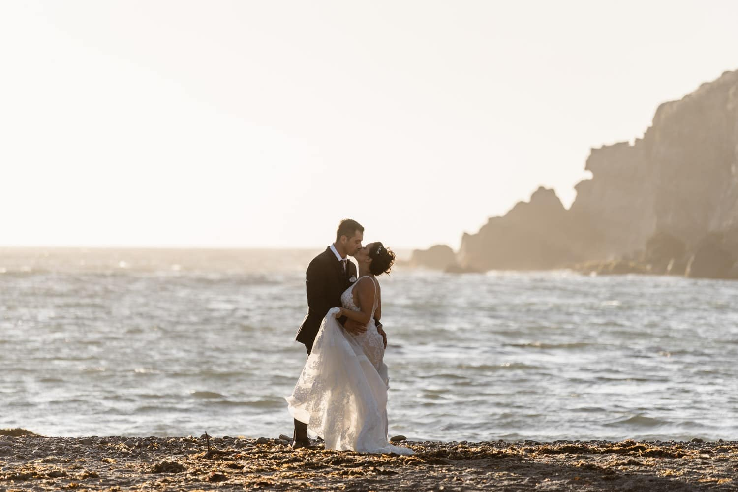 Bride and Groom kissing at Big Sur Elopement