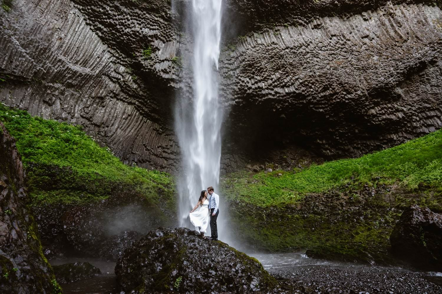 Oregon Latourell Falls Elopement The Gorge