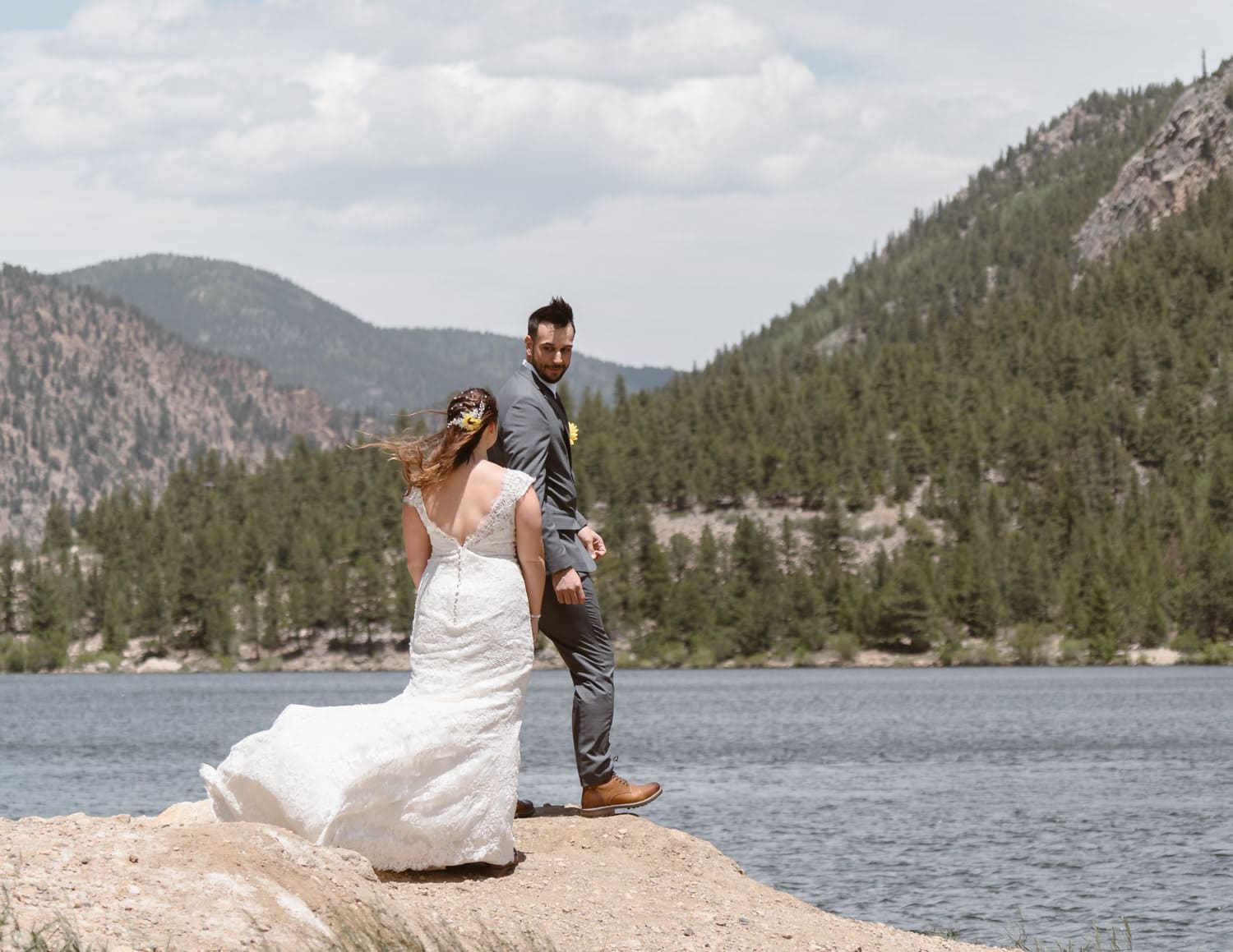 First Look Georgetown Colorado Elopement