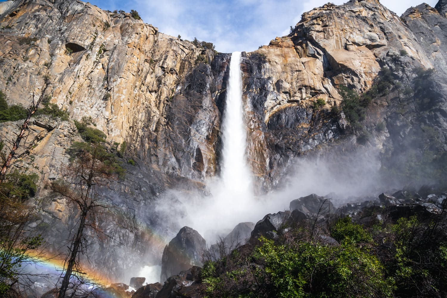Bridal Veil Falls Yosemite Elopement Guide and Packages