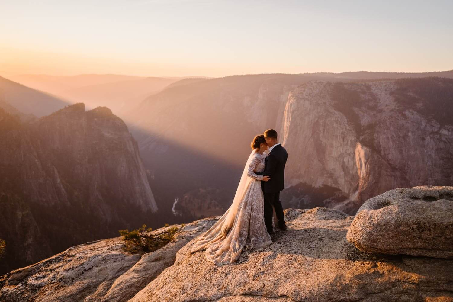 Yosemite National Park Elopement Packages & Guide