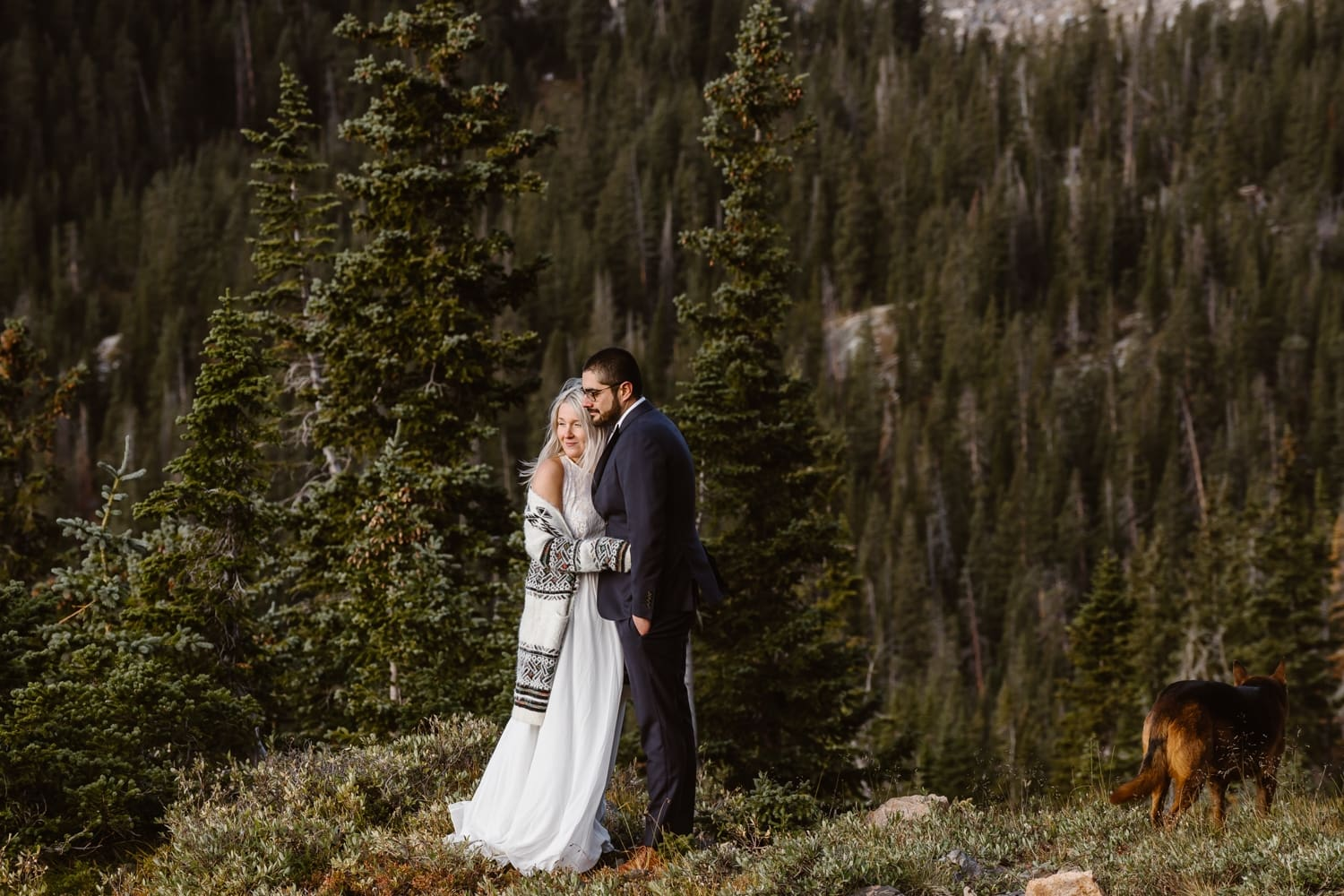 Eloping With Family - Colorado Elopement