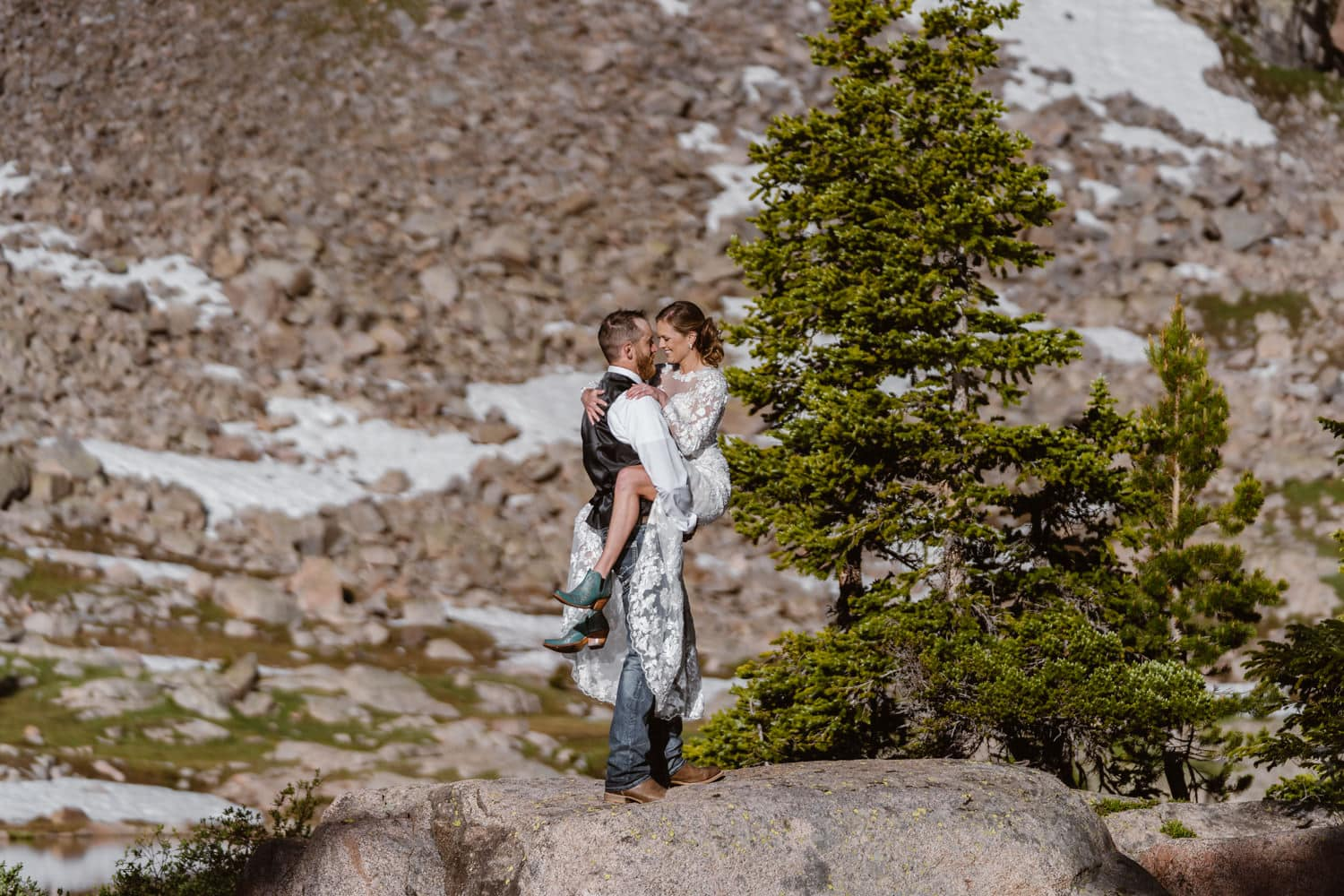 Bride and Groom Kissing Backpacking Wedding Elopement
