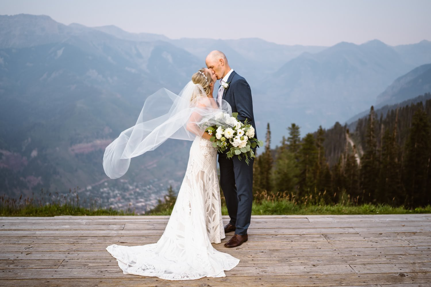 Best Places to Elope in Colorado San Sophia Overlook